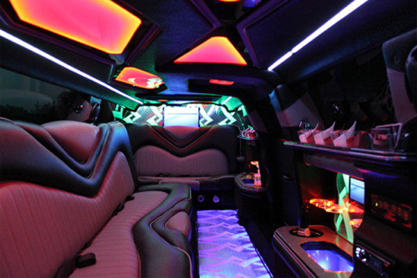 8 Person Chrysler 300 Limo Rental Chandler