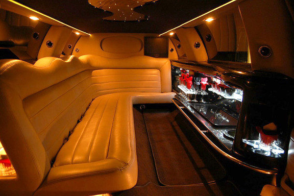 8 Person Lincoln Limo Service Chandler